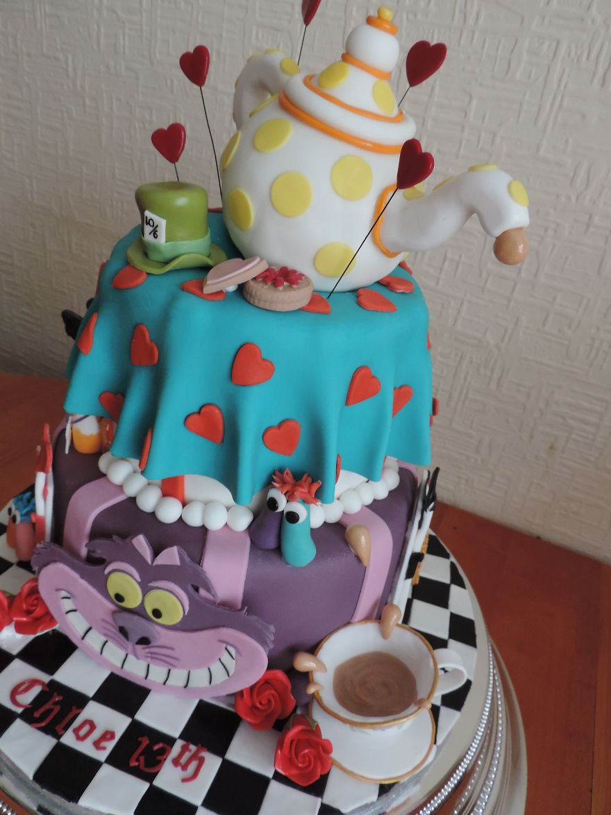 Cake Art Wonderland : Alice In Wonderland Cake By Occasion Cakes Rochdale ...