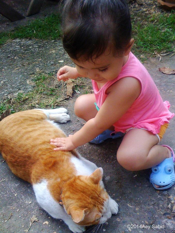 Lily & Sabio