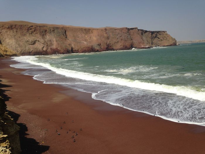 Red Beach, Paracas, Perú