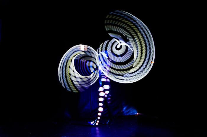 Mesmerizing Light Trails Of A Hula-Hoop