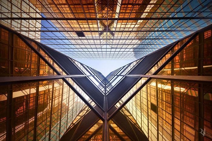 Vertical Horizon In Hong Kong By Romain Jacquet-Lagreze