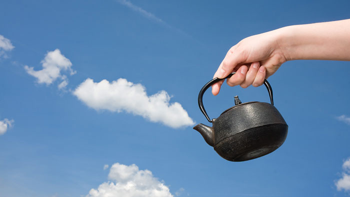 cloud-forced-perspective-optical-illusions-17