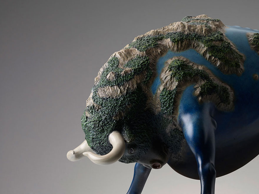 dreams-animal-sculptures-surreal-wang-ruilin-16