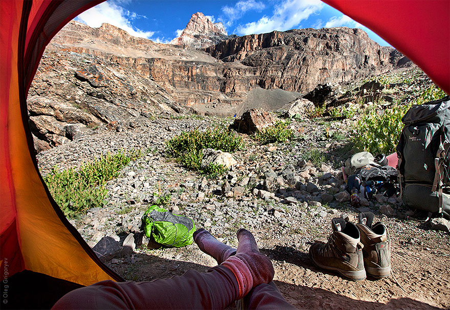 morning-views-from-the-tent-photography-oleg-grigoryev-5