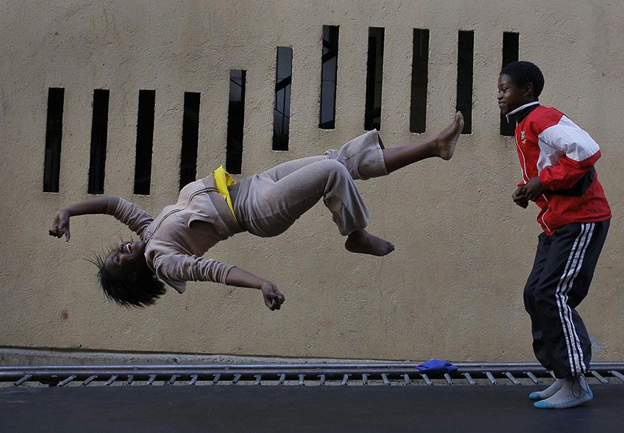 trampoline-johanesburg-children-13