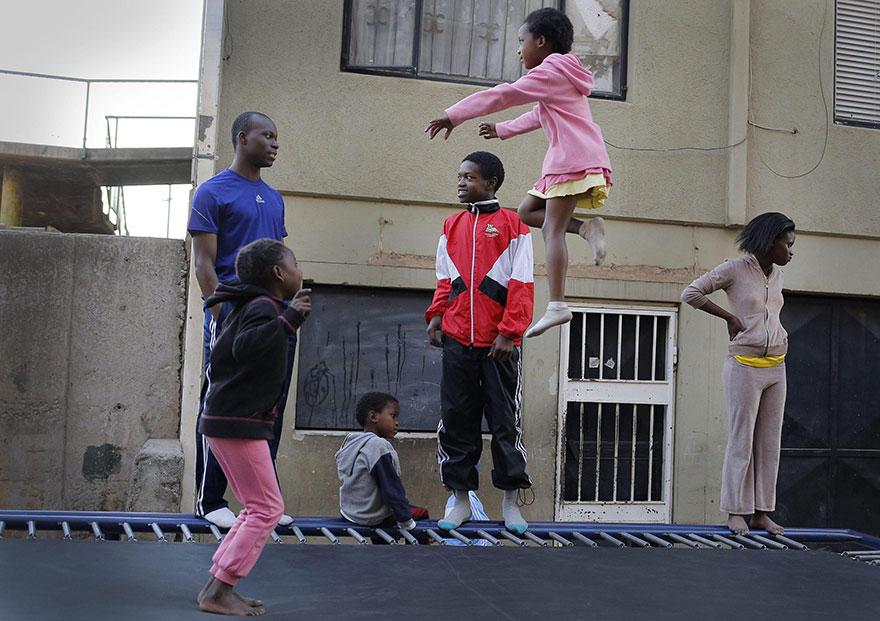 trampoline-johanesburg-children-14