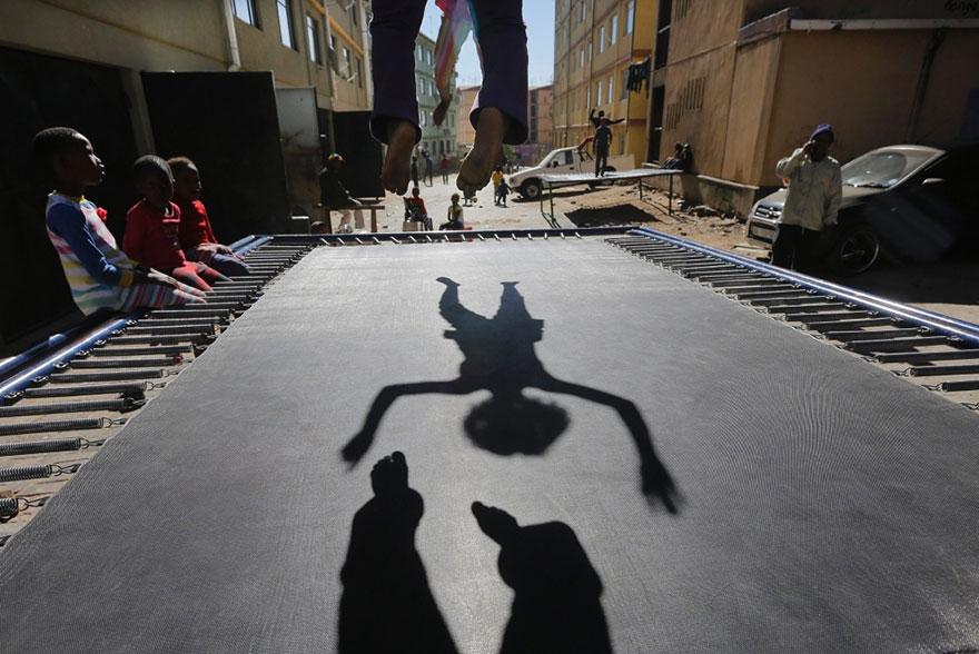 trampoline-johanesburg-children-4