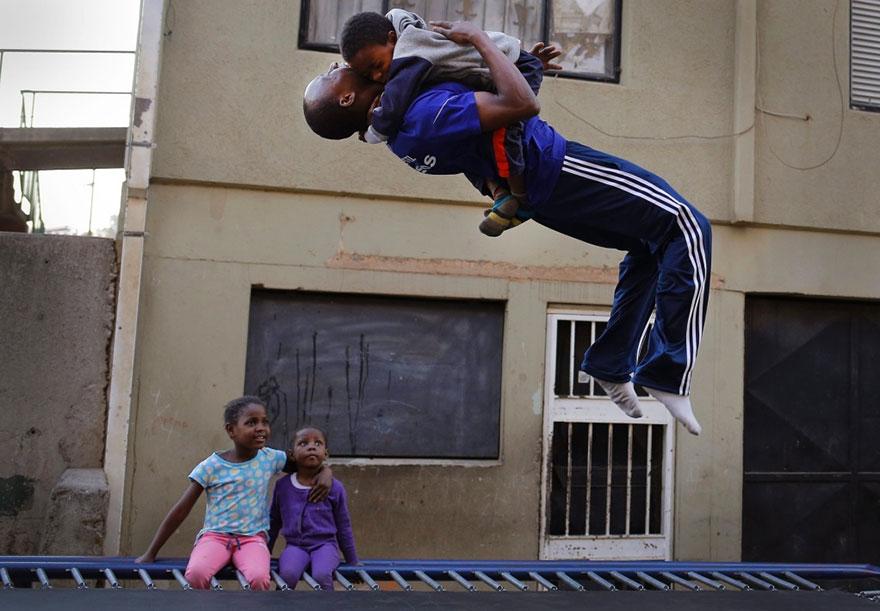 trampoline-johanesburg-children-9