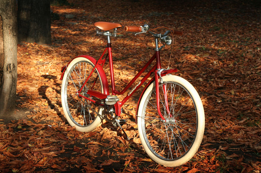 Cycling Is Better In Autumn (by Filfix Biciclete)