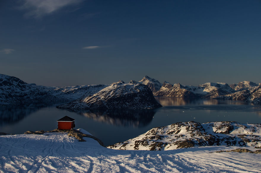 Shelter Overlooking Nuup Kangerlua (godthåb Fjord) Near Nuuk, Greenland