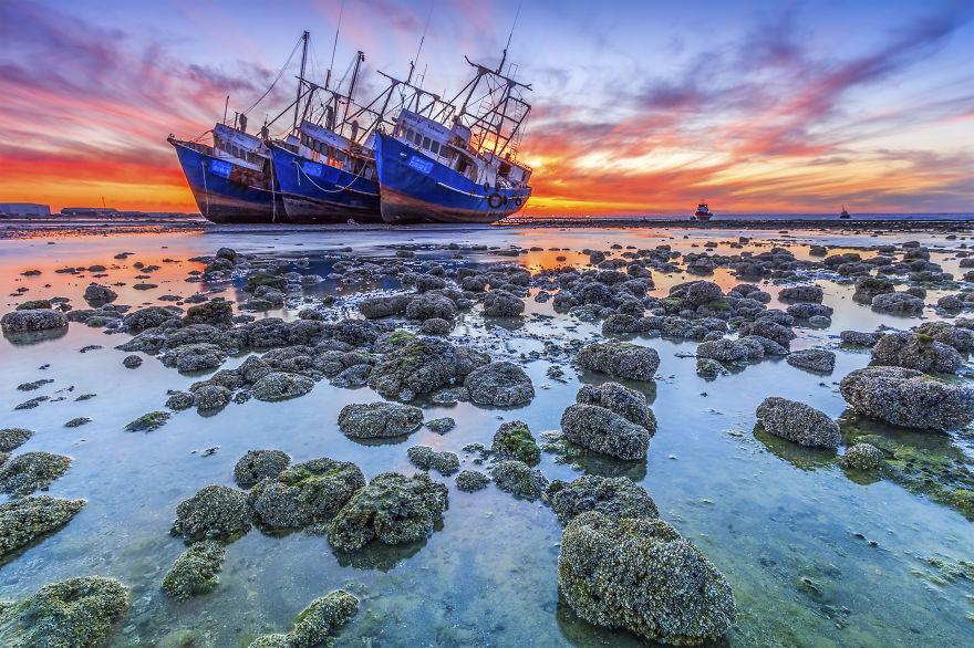Byah Bassi Zubeidi , Abandoned Shipwrecked