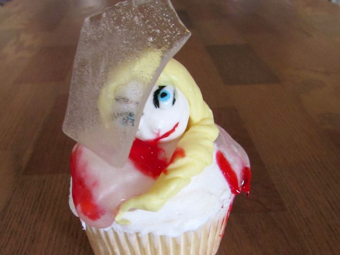 Frozen Head Cupcake