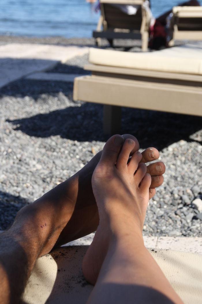 Foot-hug! Santorini Island,greece