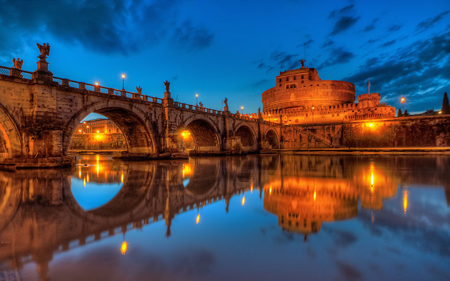 Ponte Sant'angelo, Rome Italy