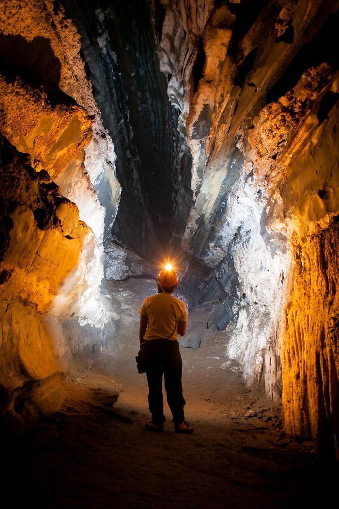 Morro Preto Cave