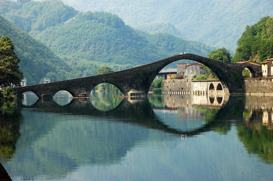 Ponte Del Diavolo Sul Serchio, Garfagnana, Italia