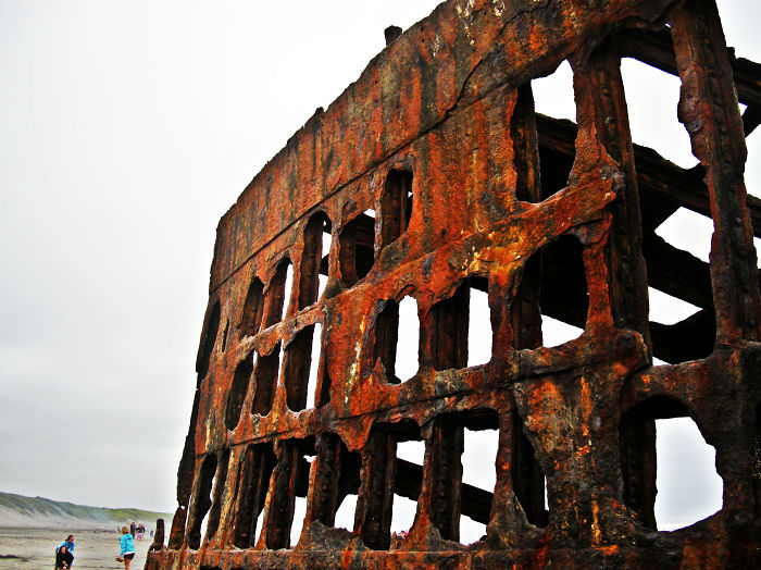The Remains Of The Peter Iredale, Long Beach, Wa.