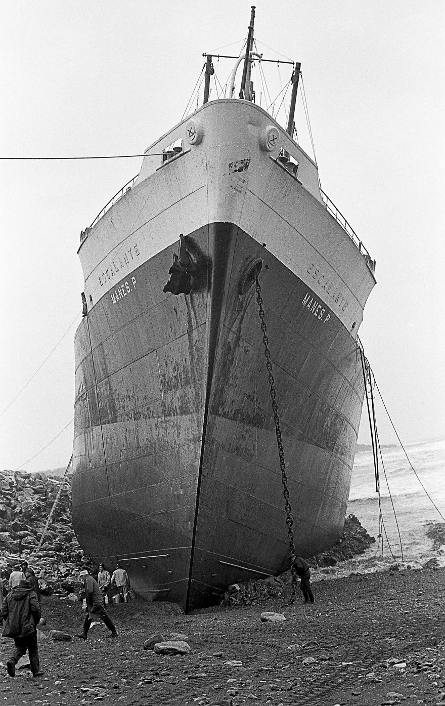 M.v. Manes P. Aground Saint John, N.b. Canada, February 1970. Photo By Bob Boudreau