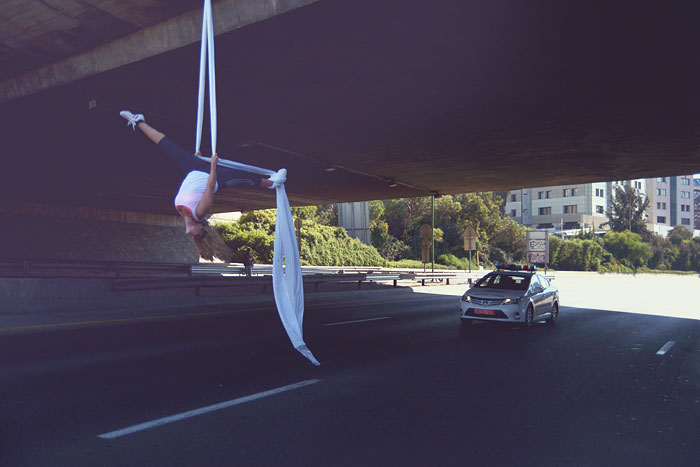 Most People Fast On This Jewish Holy Day, But I Celebrated It By Dancing Over An Empty Freeway