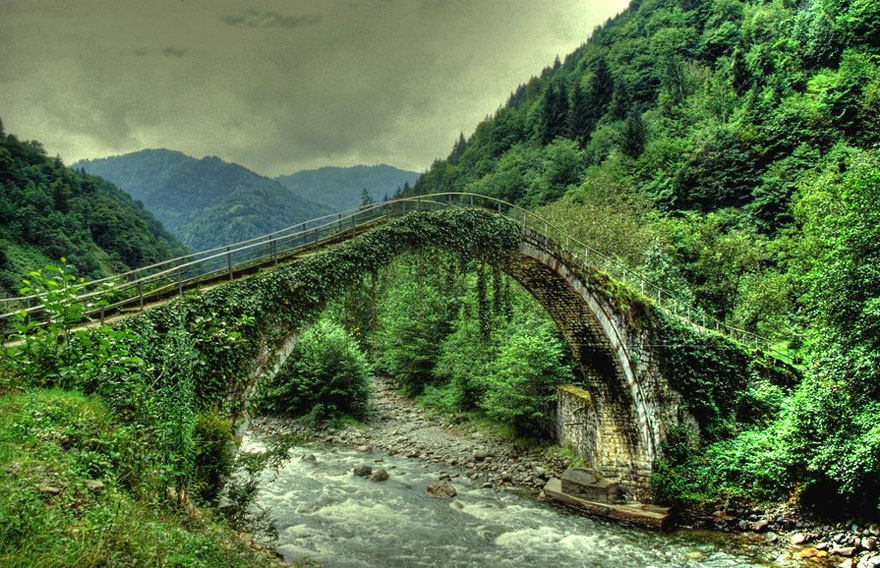 Şenyuva Bridge, Çamlıhemşin, Rize, Turkey