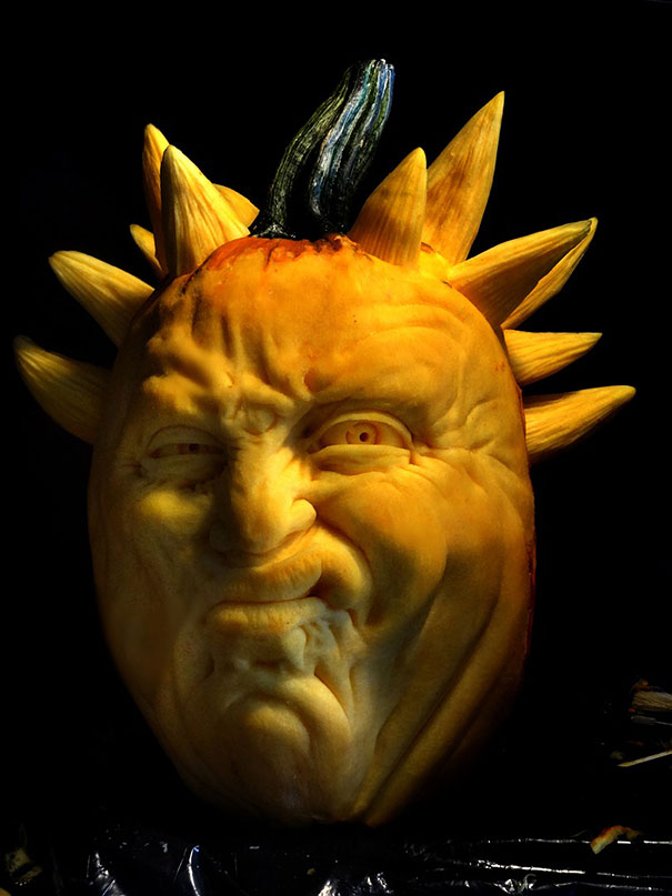 creepy-pumpkin-carvings-jon-neill-2