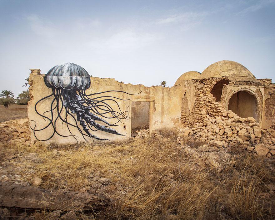 er-riadh-village-street-art-djerbahood-tunisia-40