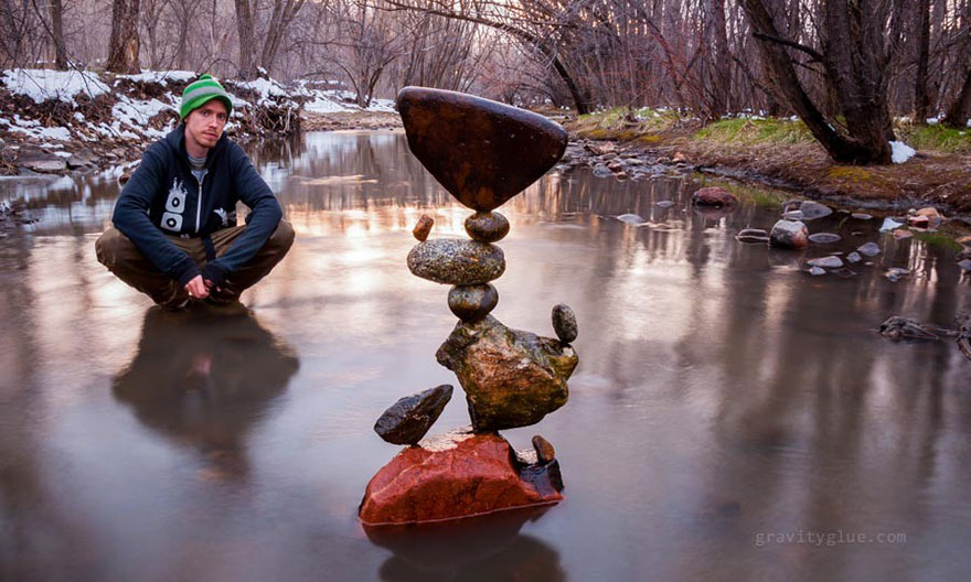 4e15f82965b4 Artist Creates Impossible Towers Of Balanced Rocks To Meditate ...