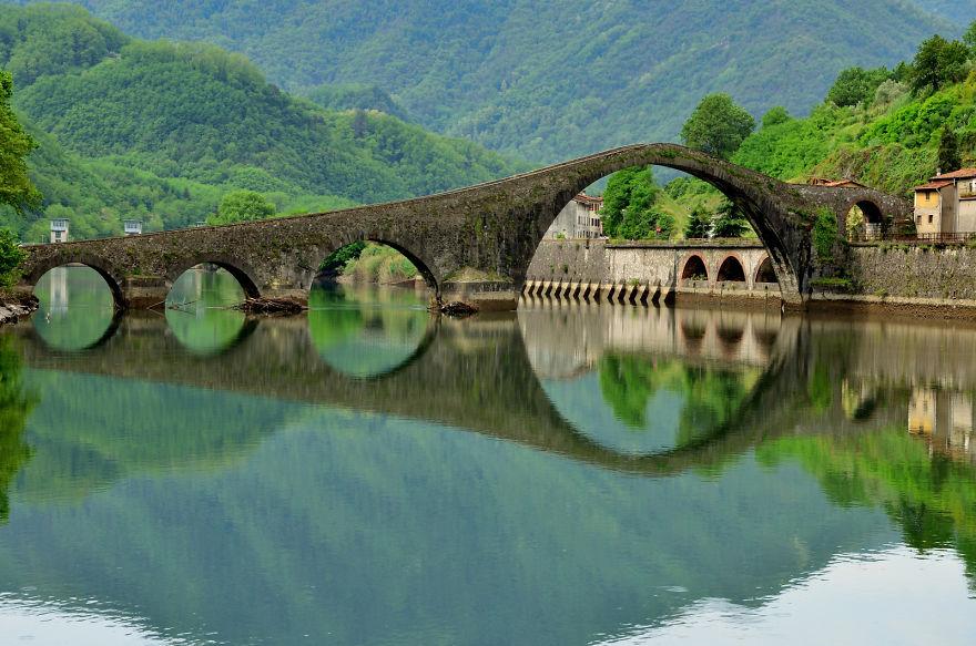 Ponte Della Maddalena, Borgo A Mozzano, Italy