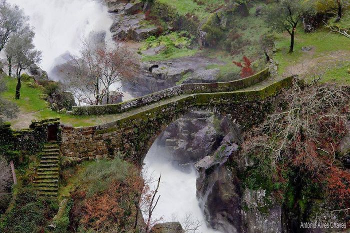 Misarela Bridge, Gerês, Portugal