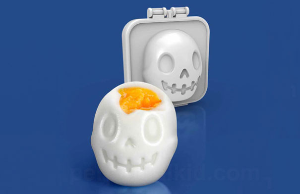 Turn Eggs Into Skulls For Halloween Breakfast With This Fun Mold ...
