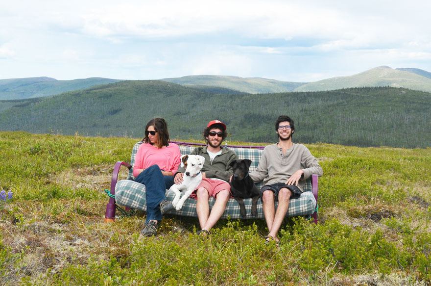 three-friends-two-dogs-one-futon-roadtrip-photos-10