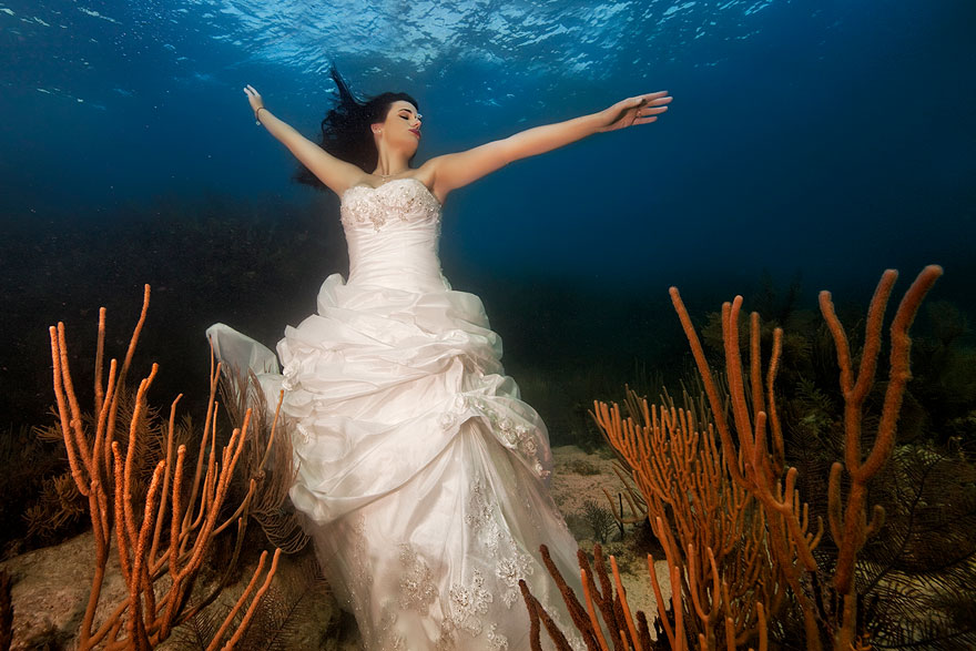 underwater-mermaid-brides-adam-opris-18