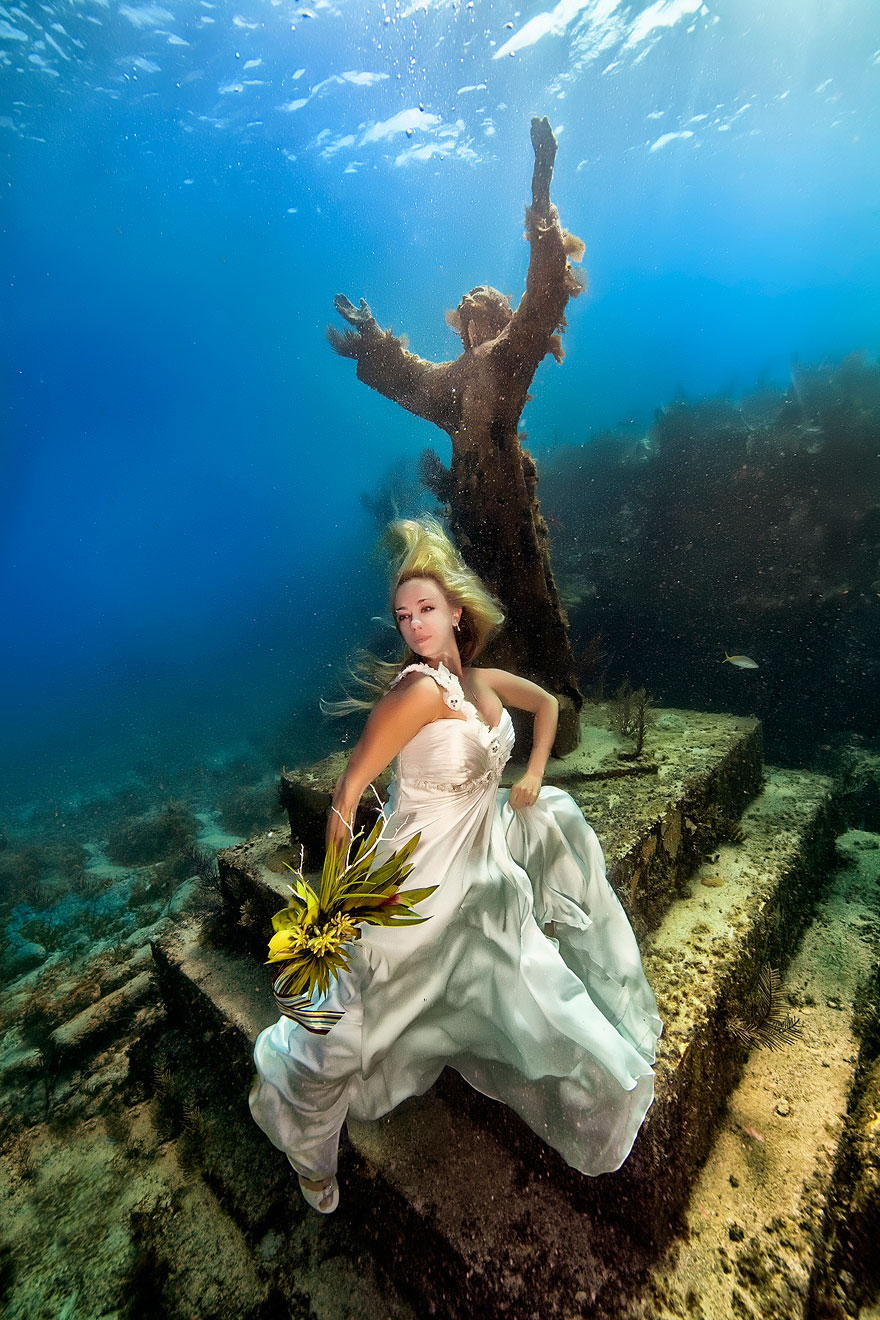 underwater-mermaid-brides-adam-opris-23