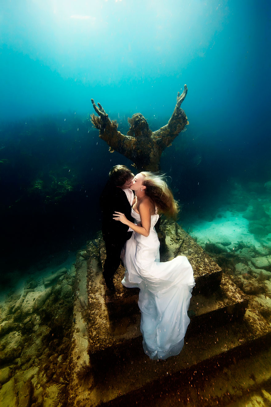 underwater-mermaid-brides-adam-opris-7
