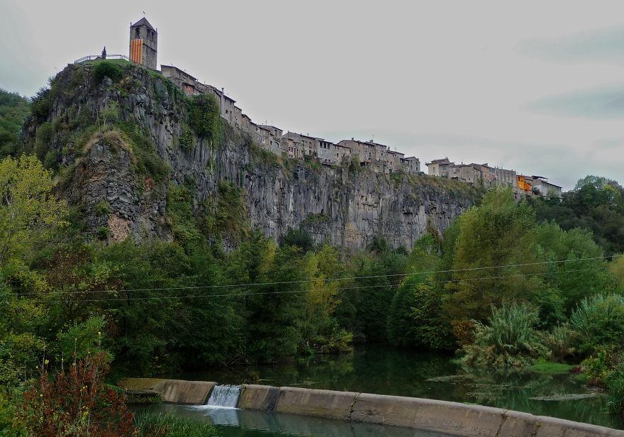 Castellfollit De La Roca, Spain
