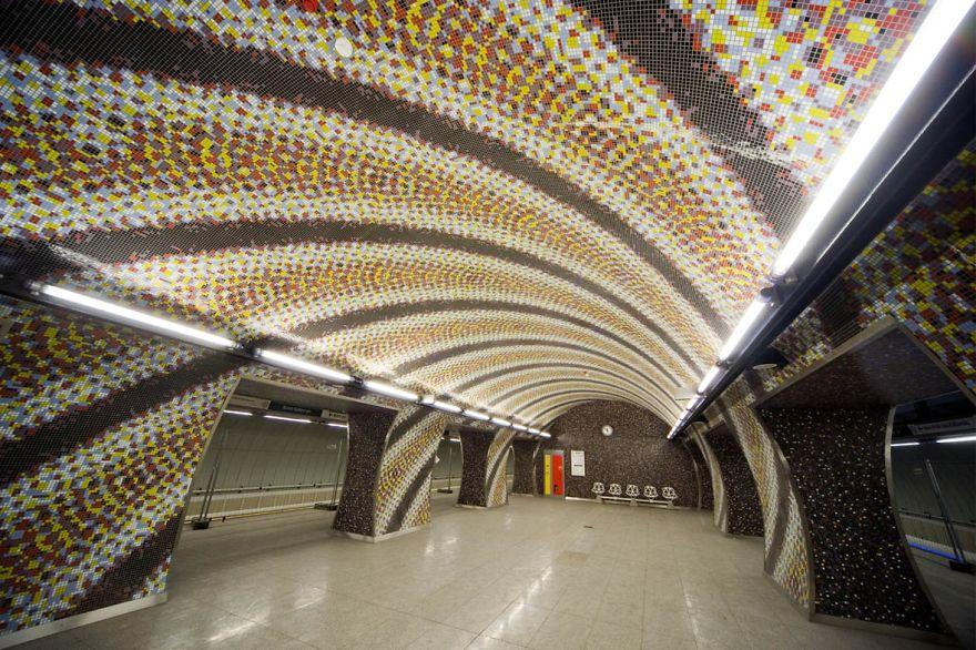Budapest Metro 4