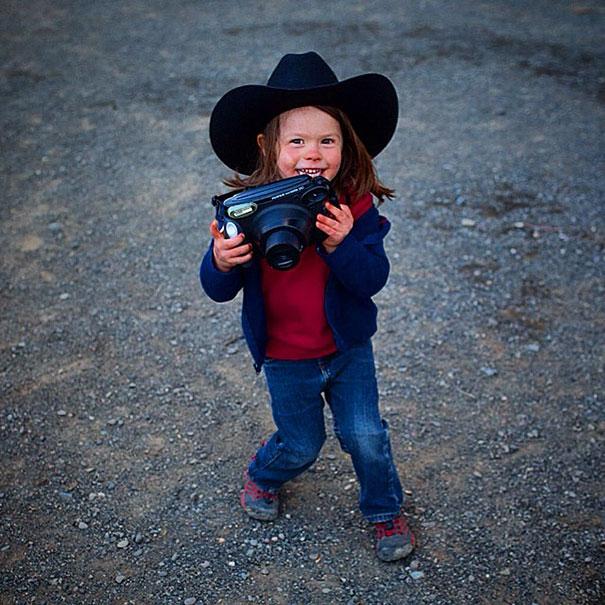 4-year-old-photographer-hawkeye-huey-national-geographic-aaron-huey-14