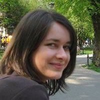 Ania Uchnast