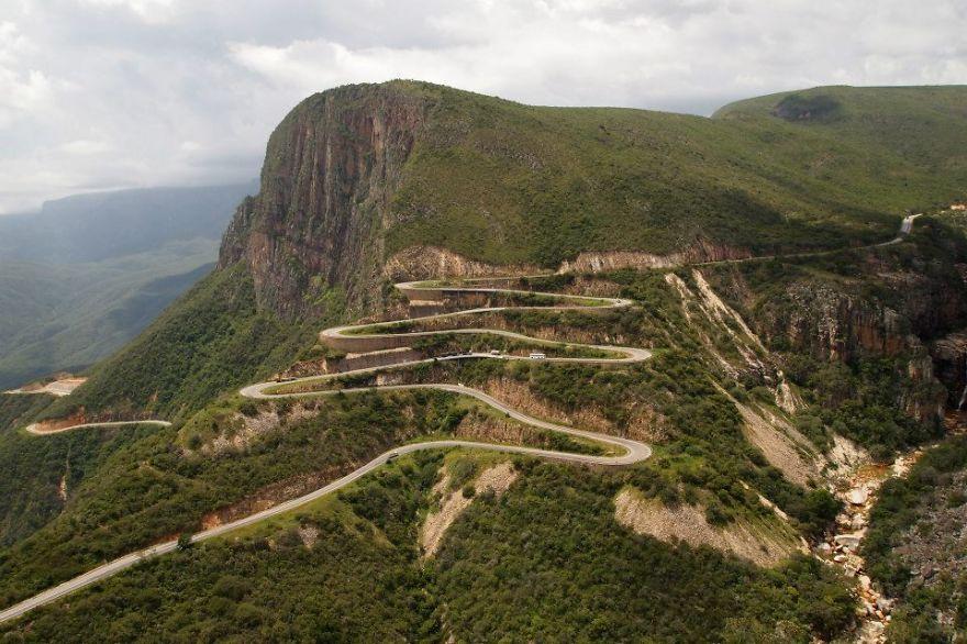 Leba Mountain Pass - Angola