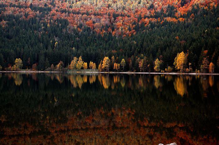 Two Worlds – Sf. Ana Lake
