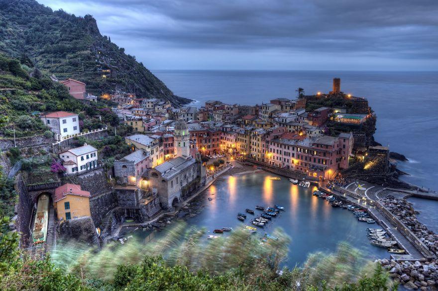 Vernazza At Dusk, Cinque Terre, Italy | Felipe Pitta