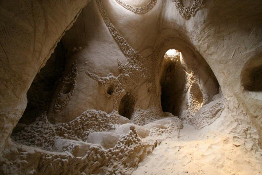 carved-cave-5