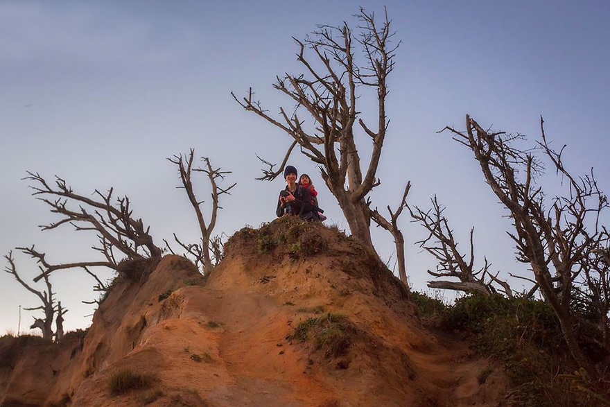 family-landscape-photography-dylan-toh-marianne-lim-1
