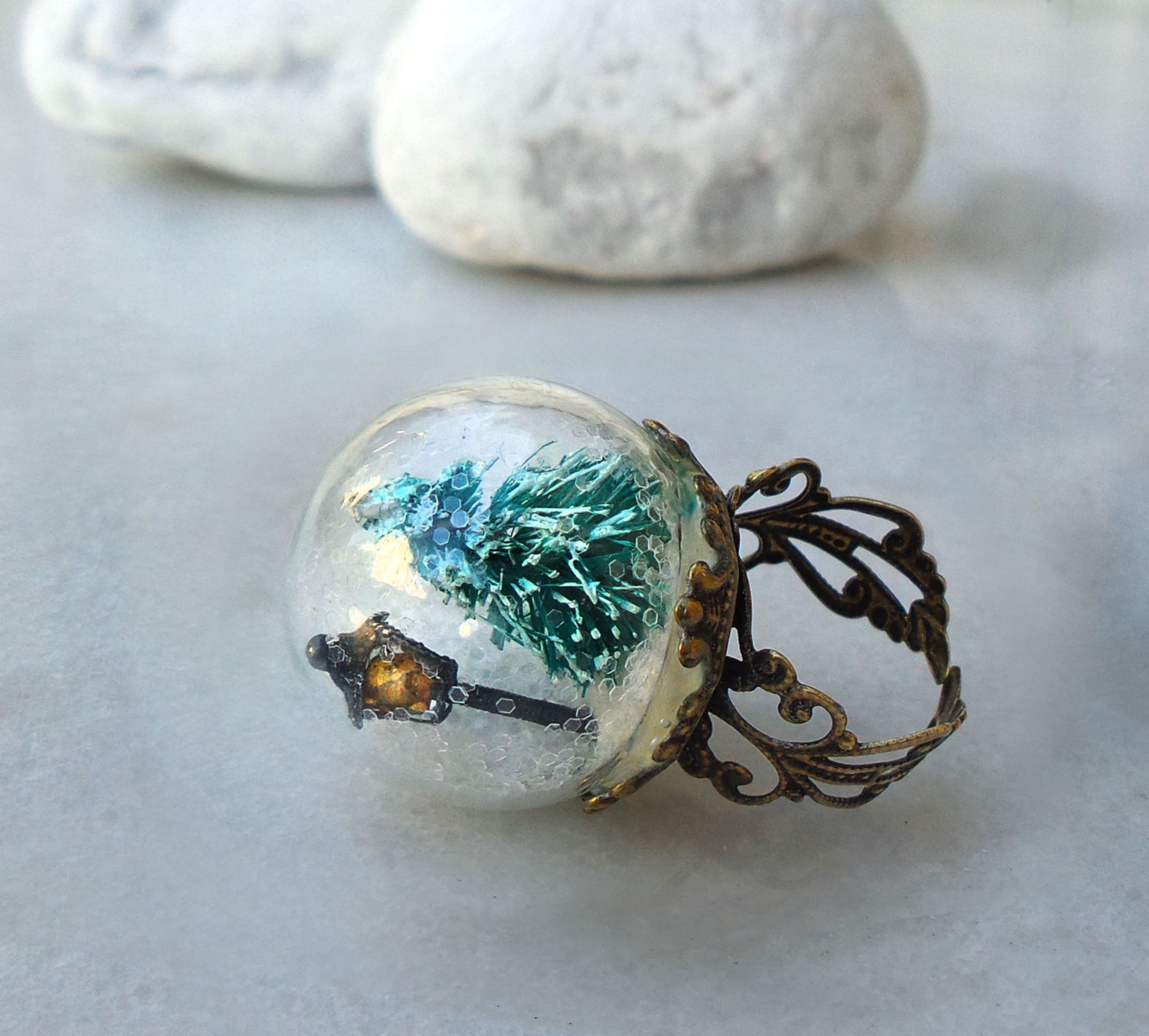 Christmas Snow Globe Ring