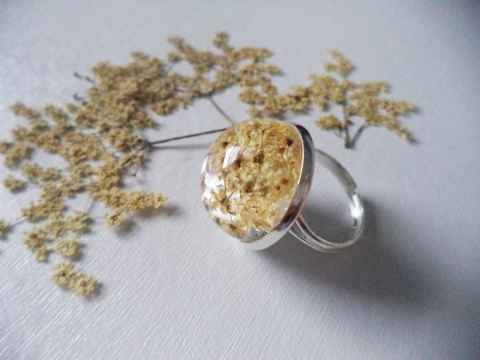 Dried Flowers Ring