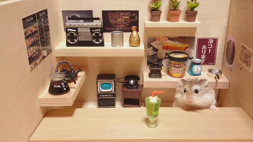 hamster-bartender-miniature-bar-kawanabesatou-1