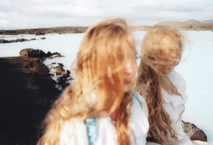 identical-twins-erna-hrefna-photography-iceland-ariko-inaoka-4