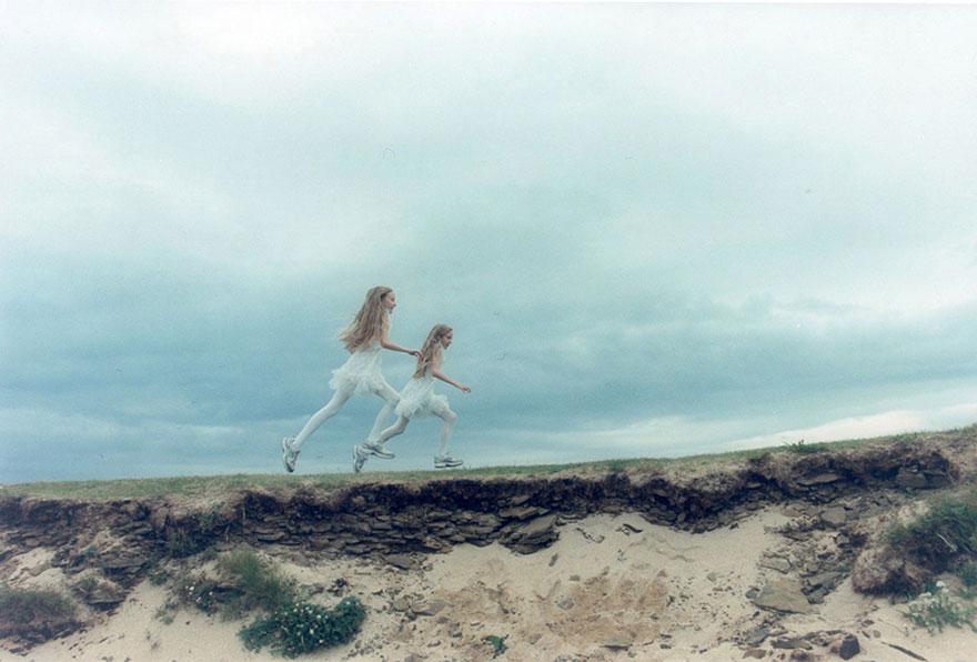identical-twins-erna-hrefna-photography-iceland-ariko-inaoka-8