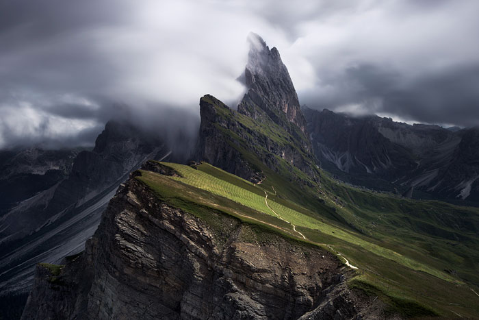 I Spent 6 Days Hiking And Capturing Surreal Moments In The Italian Dolomites