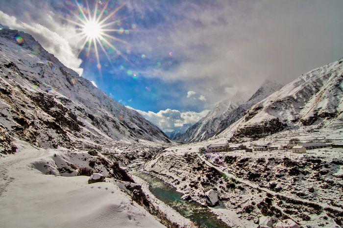 Mana Village, Uttarakhand, India [january 2014] (sunny Now, Snow Clouds Incoming)